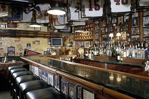 Don and Charlie's - Interior 2