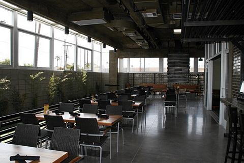 The Vig Uptown - Interior 4