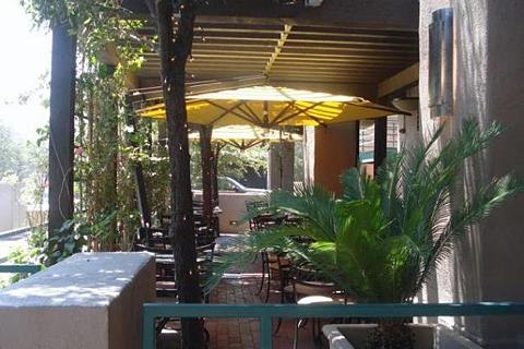 Caffe Boa - Exterior 2