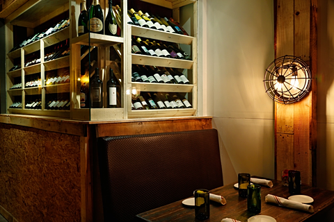 Salut Kitchen Bar - Interior 2