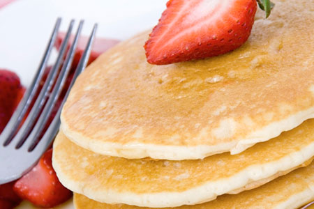 53RD-STREET-GRILLE-AND-BAR-EMBASSY-SUITES-PANCAKES