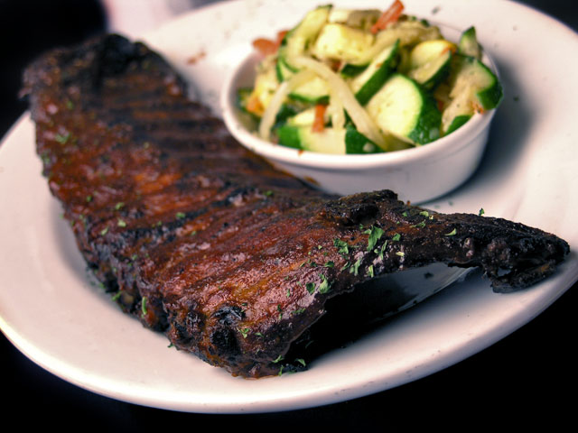 Holy-Smokes-American-Bistro-ribs