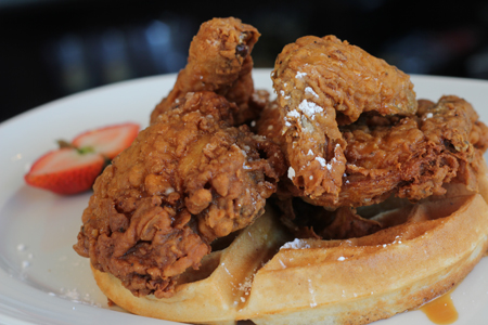 NAKED-LUNCH-MIAMI-CHICKEN-&-WAFFLES