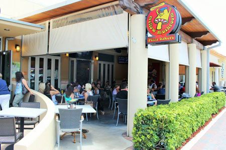 MELLOW-MUSHROOM-DELRAY-BEACH-PATIO