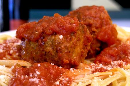 Cilantros-Gourmet-Deli-Wellington-meatball