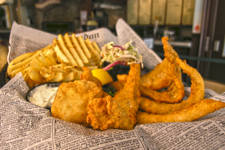 Tin fish clematis local dines for Tin fish restaurant