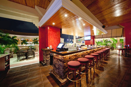 Martini Bar At The Village Of Gulfstream Park Local Dines