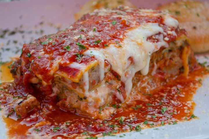 Amici-West-Palm-Beach-Lasagna.jpg