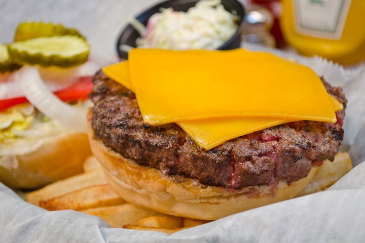 Crazy-Horse-Palm-Beach-Gardens-Burger